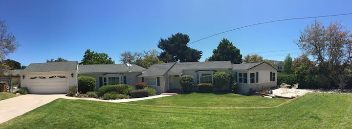 King Bed - Welcome to Camarillo Heights