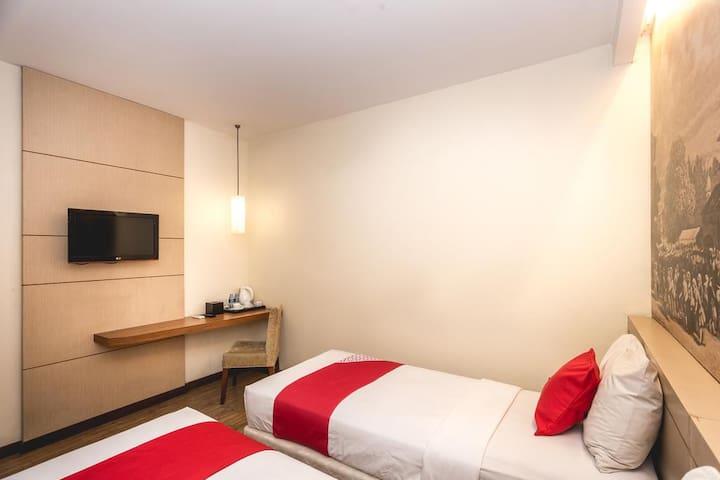 Fyodora 110OYO Rooms