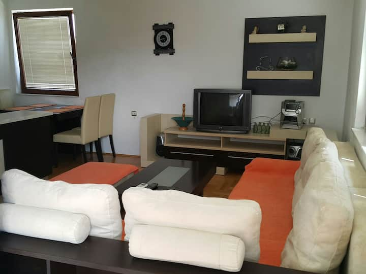 Emma Apartments A1