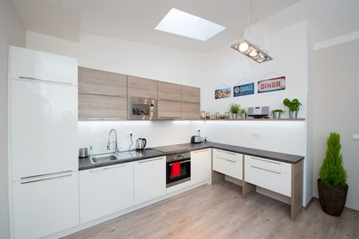 Beautiful and convienent 1 bedroom flat