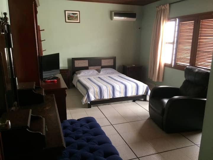 Renta Habitación en Cartagena crespo