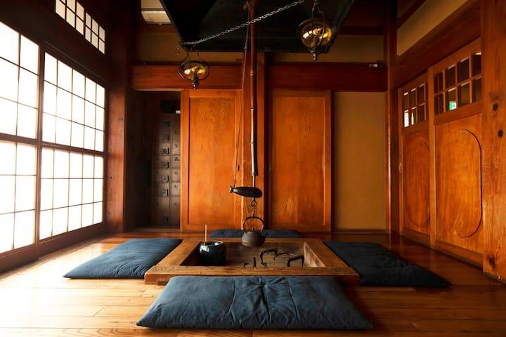 鎌倉で古民家/囲炉裏体験ができるお部屋 7名まで利用可
