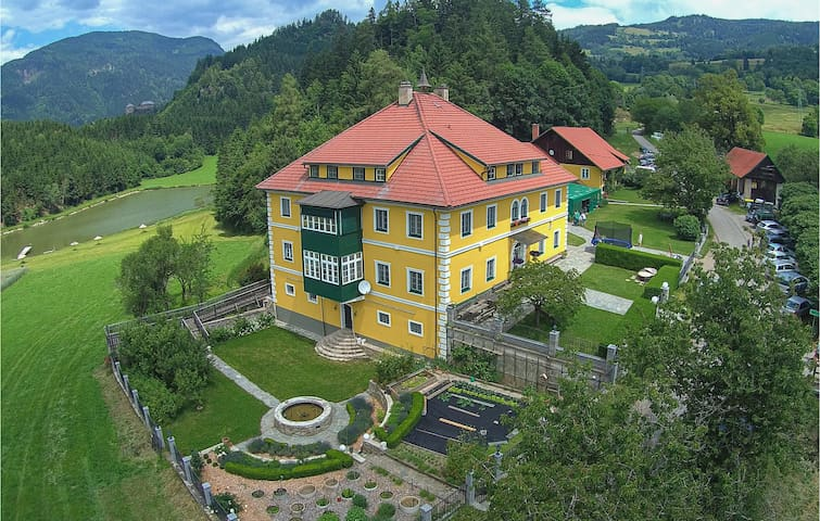 Holiday apartment with 2 bedrooms on 70m² in Friesach-Dürnstein