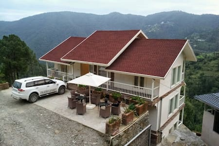 Snowvale 4BHK Luxury Cottage - Chail