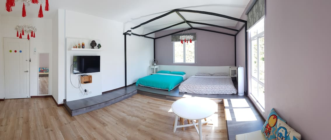 FOR THE KIDS! Quality room in Golden Hills (3)