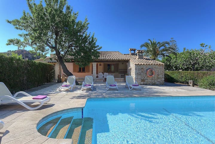 Villa with Private Pool - Pollença