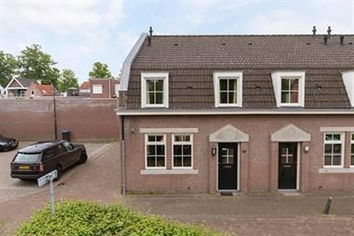 gezellig huis in hartje Oisterwijk !
