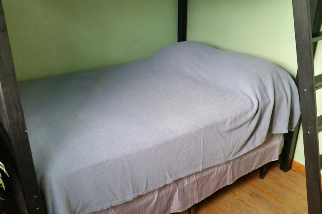 lower bed
