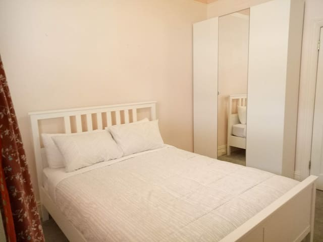 Private room - Chatswood Johnson 3