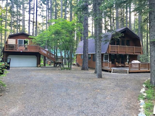 Cozy cabin near lake cle elum roslyn suncadia cabins for Cle elum lake cabins