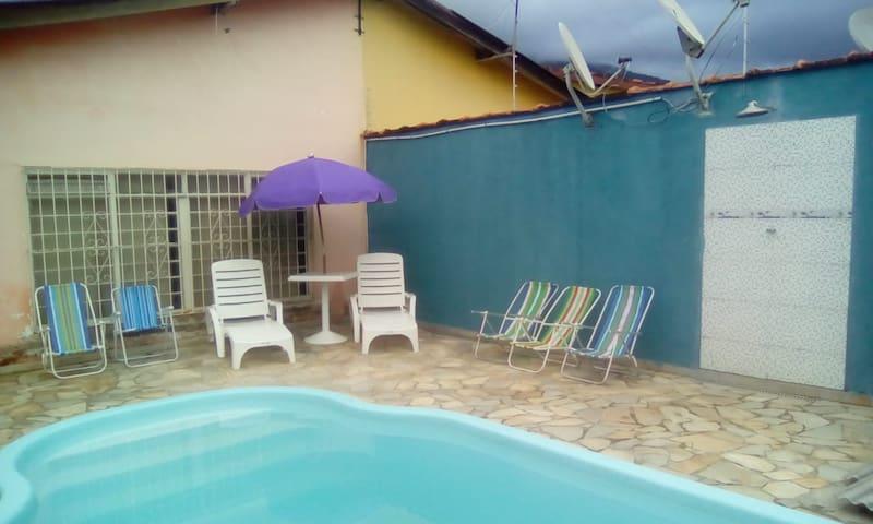 Casa com piscina praia da enseada São Sebastião