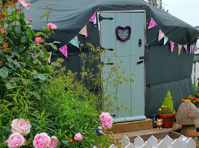India meets shabby chic yurt & pretty summerhouse