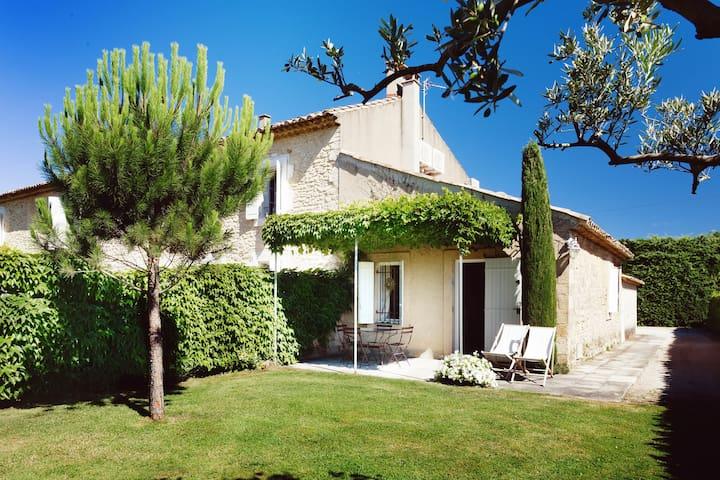 Maison au cœur des oliviers - Luberon - Climatisé - Robion