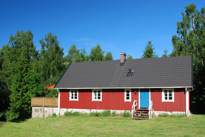 South Sweden house with canoes near lakes
