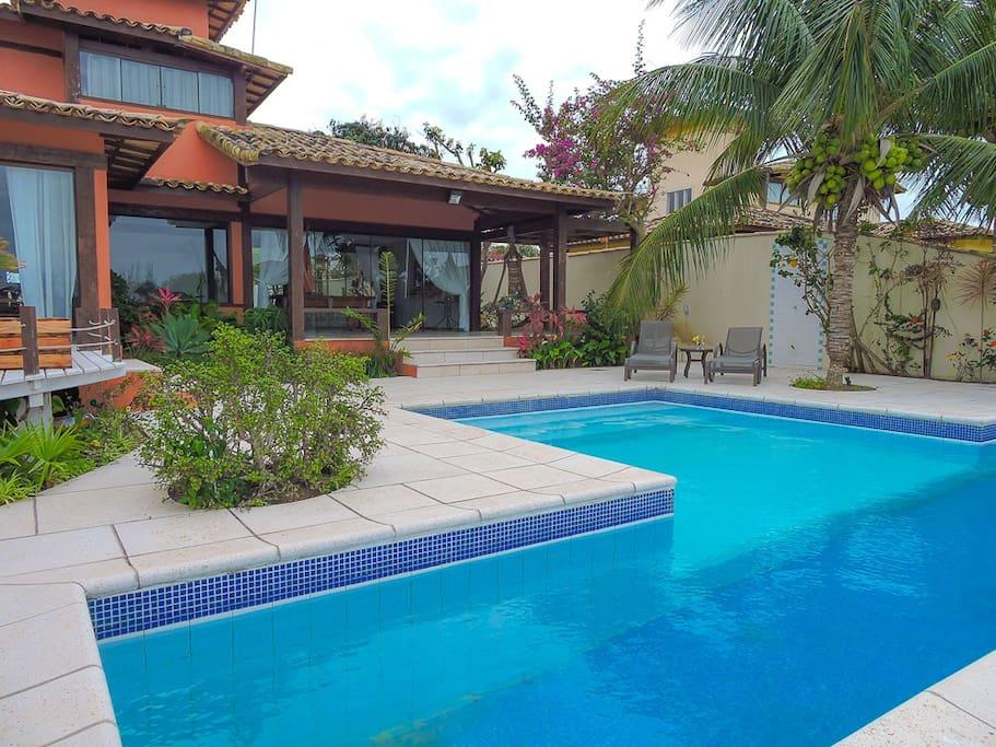 vista lateral da piscina