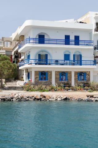 Marilena Seaside House