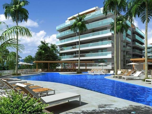 Apartamento em frente a Praia Grande - Arraial  RJ