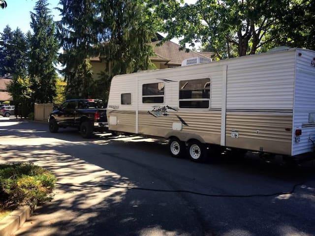26 foot travel trailer for short term rental