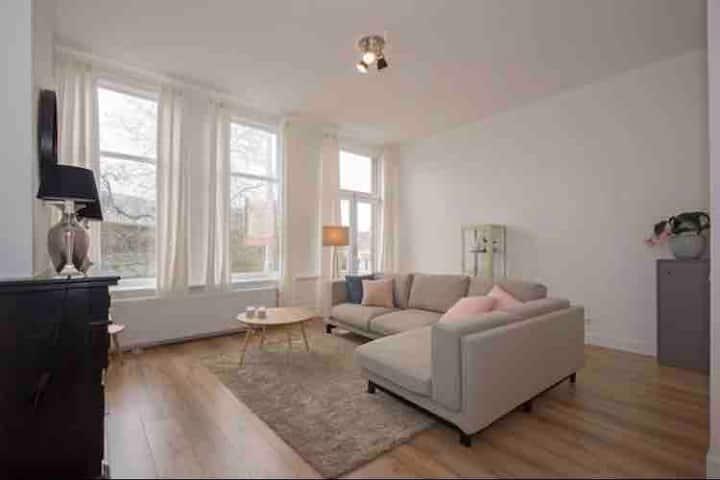 Kamer huren in prachtig appartement Kralingen