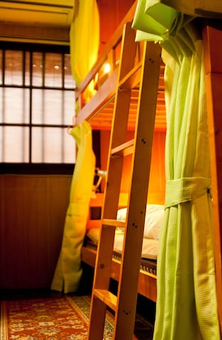 Free breakfast!Kyoto Female Dormitory 6 bed room 2