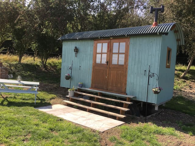 Shepherds Hut at Heyes Farm