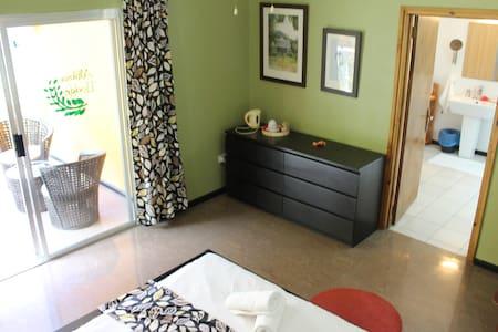 Albizia Lodge Double Room 4 - mahe