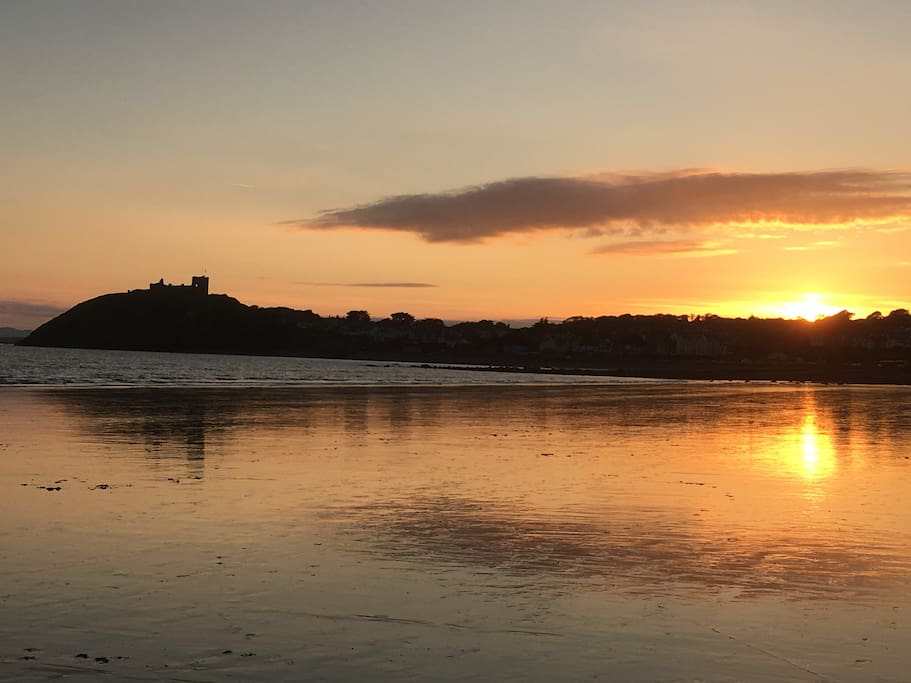 Sunset behind Criccieth and Castle