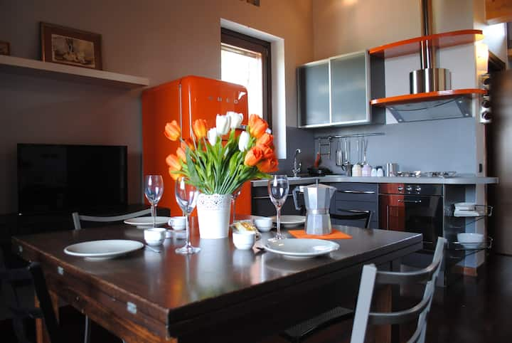 Varese Lake view loft with fast wifi and self check-in
