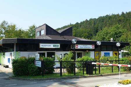 Ferienwohnung / Gästezimmer (W1) - Bad Gandersheim - Appartement