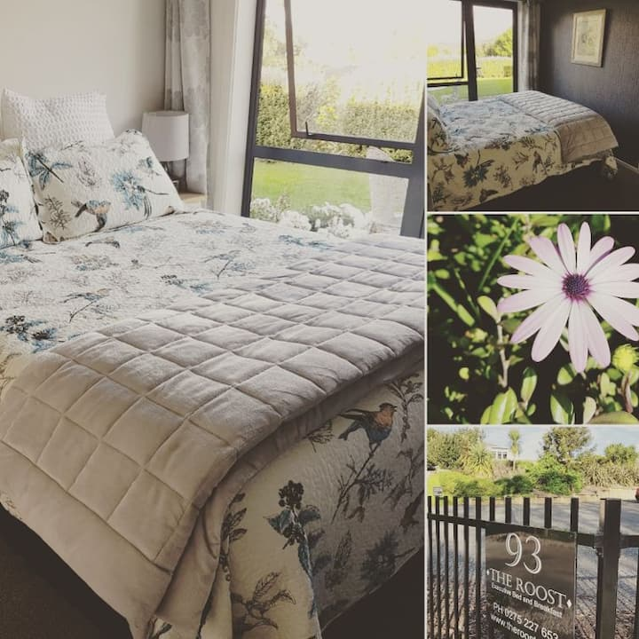 Waiuku Accommodation @ The Roost - Premium for 3