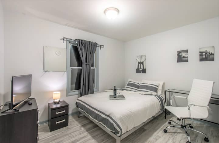 MedDistrict Modern Suite Newly Remodeled MONTHLY