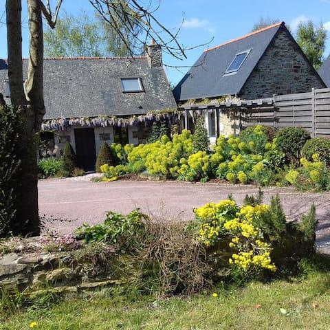 Gîte de tradition et de charme - Quemper-Guézennec - Natur-Lodge