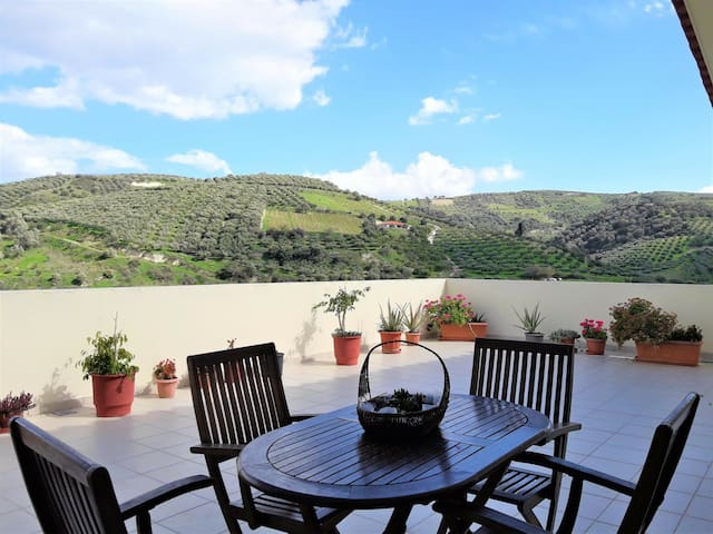 Sunny country house with amazing garden and view!!