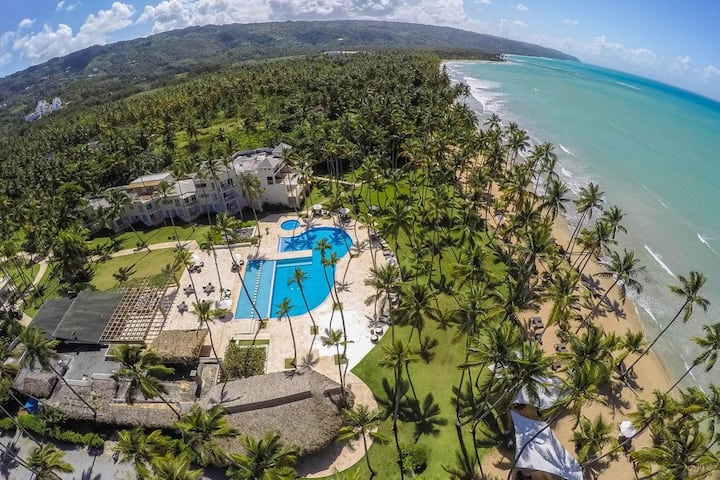 Luxury Oceanview Penthouse Apartment @ Coson Bay