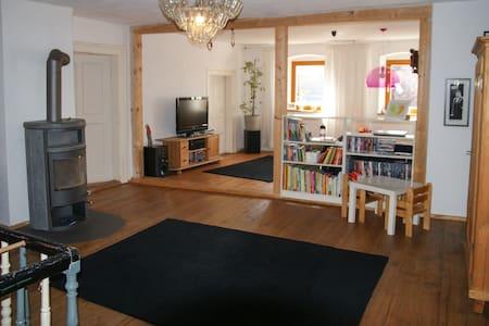 Wunderschönes Haus in Regensburg - Regensburg - Hus