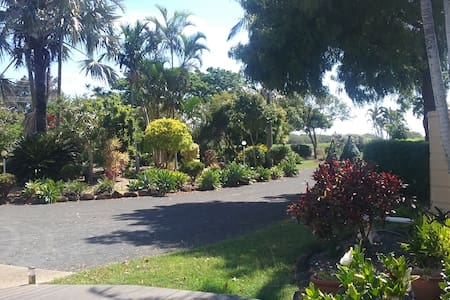 Cosy Hideaway near Mons Repo Beaches Parks & Cafes - Innes Park - Pis