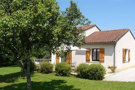 Maison idéalement située Rocamadour/Padirac - Gramat - Ház