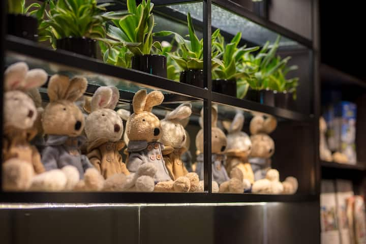 #Urtrip Hotel MRT南京復興站,近松山機場,微風廣場、小巨蛋都能步行抵達 #豪華四人房