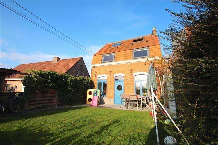 Charming house near Ghent - Gent - House