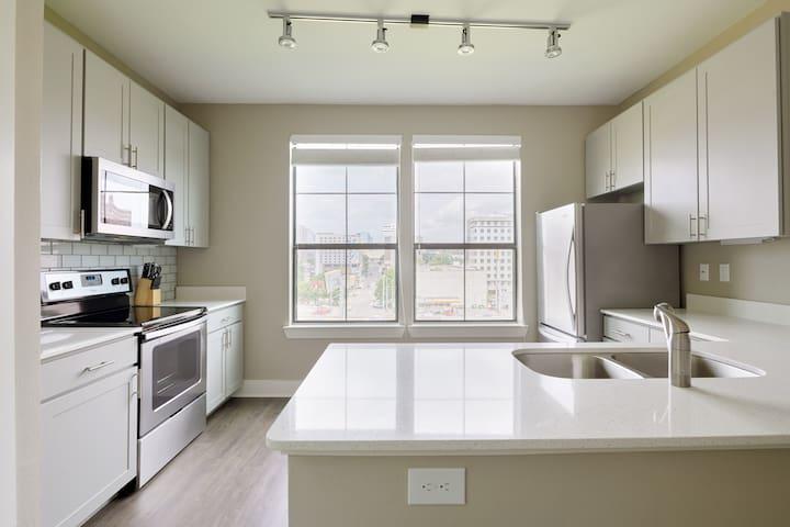 Full-size kitchen