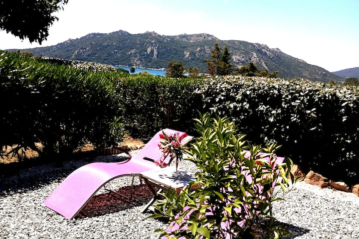 Mini villa  Santa Giulia Palace climatisation WIFI
