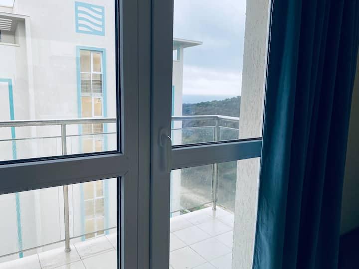 Апартаменты 2-х комнатные с видом на море и горы