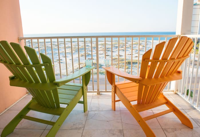 Gulf Shores Grand Beach Penthouse 1 w King Master