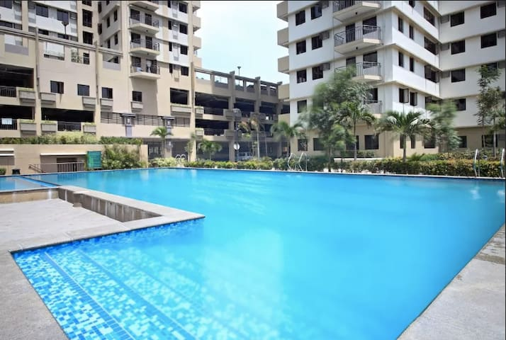 Penthouse Private Room Swimming Pool by Fort BGC B - Taguig - Lejlighedskompleks
