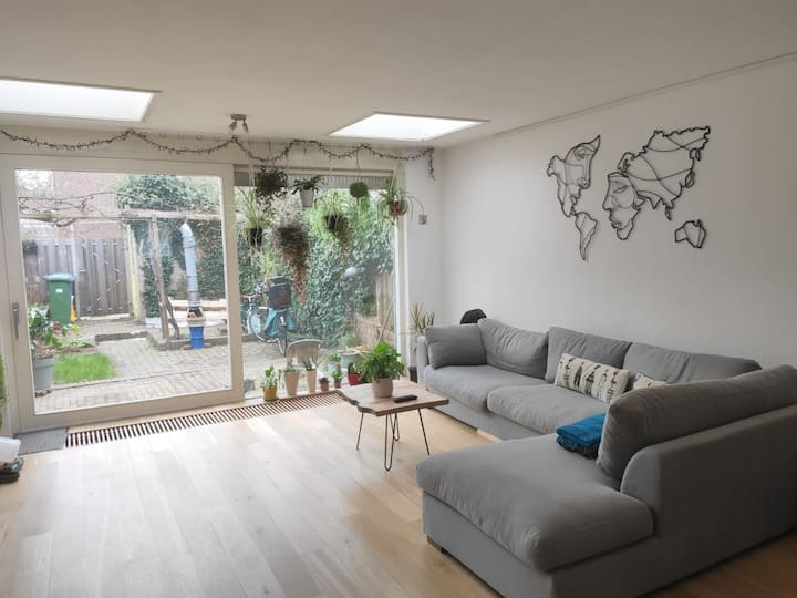 Spacious family house in the city center of Delft.
