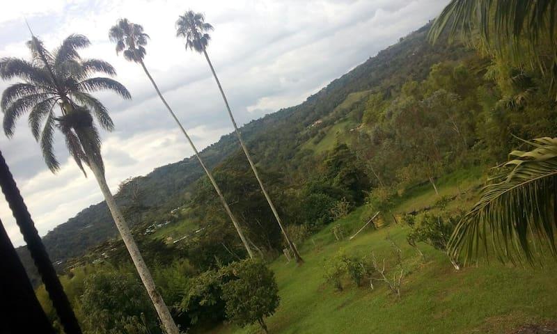 Descanso y naturaleza a 78 K7M de Bogotá