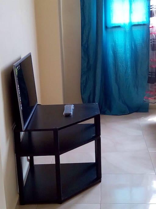 a louer un bel et nouveau appartement mostaganem. Black Bedroom Furniture Sets. Home Design Ideas