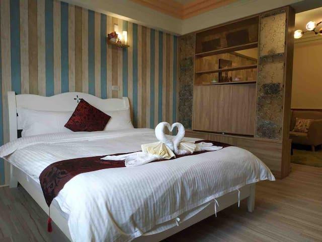 191 花蓮正市中心 南京街大套房 生活機能方便、舒適溫暖,體驗花蓮在地人情味跟有家的感覺