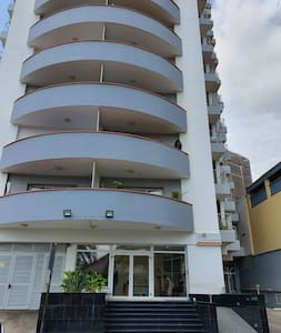 A services well maintained apartment in Luanda