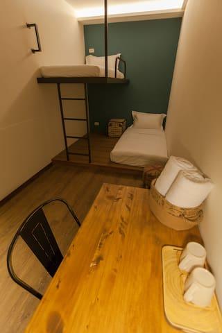 花蓮火車站旁小旅行迷你公寓單人房-Single Room
